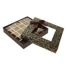 Смотреть фото 2: Коробка подарочная 21 х 21 х 4 см
