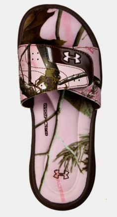 Women's UA Ignite VI Camo Sandal from Under Armour. Saved to workout. Shop more products from Under Armour on Wanelo. Under Armour Shoes, Under Armour Women, Camo Shoes, Camo Pants, Timberland, Camo Outfits, Sporty Outfits, Summer Outfits, Baskets