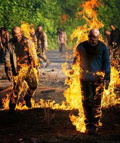"""Firewalkers The Walking Dead Season 5x01 """"No Sanctuary"""""""