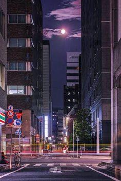 Tokyo, Japan, by Hideo Ishijima 東京 京橋 Aesthetic Japan, Night Aesthetic, City Aesthetic, Japan Landscape, Tokyo Night, Japan Street, Anime Scenery Wallpaper, View Wallpaper, Jolie Photo