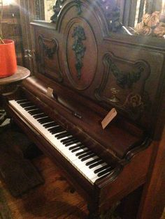 Beautiful F. L. Neumann piano, 1885