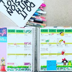Day 22: Number One Priority before I leave the house is taking my planner and supplies with me. I often take it to craft stores and when I go out with friends... because you never know when you'll need to pencil someone or something in!  #plannerdarlingspotd