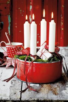 ▷ 1001 + Advent wreath DIY ideas - red accent beautiful white candles – modern advent wreaths Informations About ▷ 1001 + Adventskr - Christmas Advent Wreath, Holiday Wreaths, Christmas Crafts, Christmas Decorations, Advent Wreaths, Simple Christmas, Winter Christmas, Christmas Time, Xmas