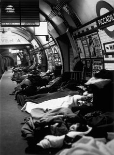 People asleep on the platform at Piccadilly Tube Station, London during an air raid, 1940 (Click through for fantastic pics of the Underground - never seen any of them before! Vintage London, Old London, London City, Blitz London, London History, British History, American History, London Underground, Old Pictures