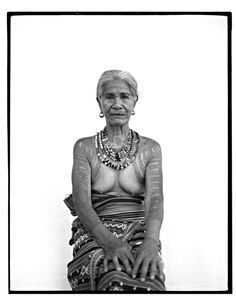 "Filipino photographer Jake Verzosa took these portrait photographs of the last tattooed women of Kalinga. ""Up in the rice terraces of the Cordillera mountain range of the Philippines live the. Maori Tattoos, Filipino Tribal Tattoos, Tattooed Women, Tattoos For Women, Philippines Tattoo, African Tattoo, Filipino Culture, Filipino Art, Philippine Women"