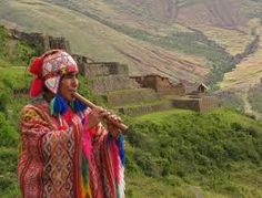 Quechua flute player, Inca ruins of Pisac in the background, Andes Mts, Peru Andes Peru, Trailer Peliculas, Native American Music, Inca Empire, South American Countries, Inka, American Country, Relaxing Music, Machu Picchu