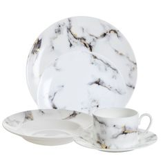 Marble dinnerware collection: http://www.stylemepretty.com/2016/08/20/wedding-inspiration-to-registry-reality-tablescapes/