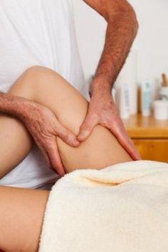 El Drenaje Linfático Manual es una técnica de masoterapia que pertenece al campo de la Terapia Física y al masaje terapéutico. Conoce más acerca de esta técnica en: http://www.aulademasaje.com/el-blog-de-aula-de-masaje/entry/el-drenaje-linfatico-manual
