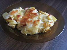 cartofi gratinati la cuptor cu salam, smantana, ou, cascaval Macaroni And Cheese, Ethnic Recipes, Food, Mac And Cheese, Essen, Meals, Yemek, Eten