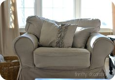Thrifty Decorating: Dropcloth Ruffle Pillow