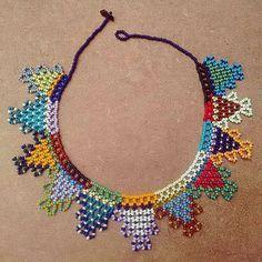 Beaded Earrings Patterns, Bead Loom Patterns, Beaded Necklace, Beaded Bracelets, Beard Jewelry, Diy Crafts Knitting, Bead Weaving, Tapestry Weaving, Crochet Market Bag