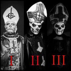 Papa Emeritus I + Papa Emeritus II + Papa Emeritus III http://goetiamedia.com/noticias-ghost-desvelan-nueva-cara-del-papa-emeritus-iii-y-nuevas-canciones/