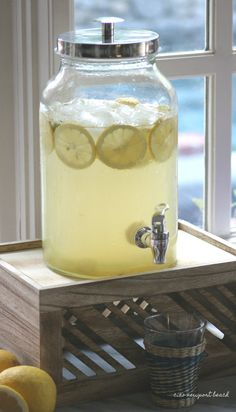 I just refilled this dispenser a few times, and everyone could serve themselves.  And just for fun, we made lemonade flavored ice cubes with fresh lemon and mint added.  They looked pretty in the glasses too!