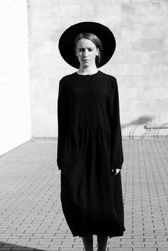 muku: NEW BLACK SILK LADIES DRESS