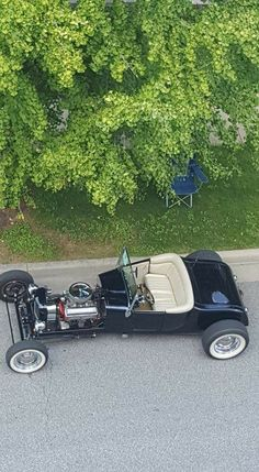 27 Model T Ford
