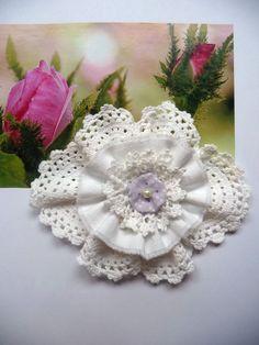 Shabby Blume Rose weiß Vintage Spitze Romantisch Taufe Deko Landhaus Handarbeit
