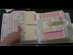 Bundle of Joy Baby Girl Mini Album – Scrapbooking İdeas For İdeas. Baby Boy Scrapbook, Mini Album Scrapbook, Scrapbook Bebe, Diy Mini Album, Mini Albums Scrap, Mini Album Tutorial, Mini Photo Albums, Scrapbook Paper, Tutorial Scrapbook