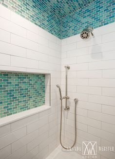 Horizontal Tiled Shower Niche - Design photos, ideas and inspiration. Amazing gallery of interior design and decorating ideas of Horizontal Tiled Shower Niche in bathrooms, kitchens by elite interior designers - Page 5 Condo Interior Design, Bathroom Tile Designs, Bathroom Inspiration, Amazing Bathrooms, Best Bathroom Tiles, Bathrooms Remodel, Bathroom Makeover, Bathroom Ceiling, Beach Interior Design