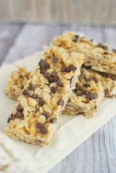 #Recipe: No-Bake Peanut Butter Chocolate Chip #Granola Bars