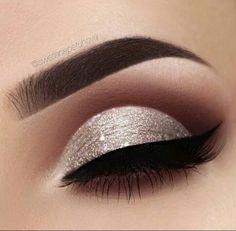 Super Makeup Products Eyeshadow Tarte Ideas Super Make-up Produkte Lidschatten Tarte Ideen Sexy Eye Makeup, Makeup Eye Looks, Smokey Eye Makeup, Cute Makeup, Pretty Makeup, Skin Makeup, Eyeshadow Makeup, Eyeshadows, Smoky Eye
