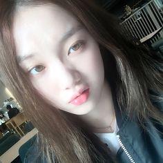 [Instiz] Lee Sung Kyung and Seo Kang Joon's pretty eye colour ~ YG Press Yoon Park, Park Shin Hye, Korean Actresses, Korean Actors, Korean Idols, Kdrama, Jong Hyuk, Kim Book, Swag Couples