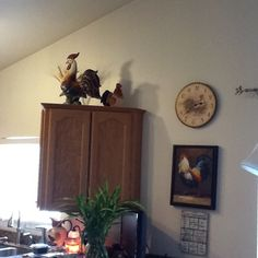 More roosters in my kitchen...
