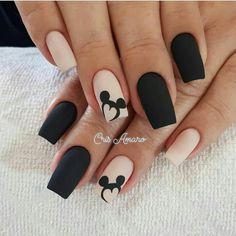 Uñas Disney Mickey Mouse – You are in the right place about nail art matte Here we offer you the most beautiful pictures about the nail art animal you are looking for. When you examine the Uñas Disney Mickey Mouse – part of the picture you can … Black Nail Designs, Acrylic Nail Designs, Nail Art Designs, Nails Design, Disney Nail Designs, Salon Design, Best Acrylic Nails, Matte Nails, My Nails