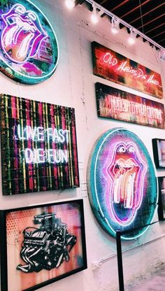 The right thing for aesthetic bedrooms by Art Hoe - Linda Drache - # Ã . - The right thing for aesthetic bedrooms by Art Hoe – Linda Drache – # aesthetic - Collage Mural, Bedroom Wall Collage, Photo Wall Collage, Picture Wall, Art Hoe Aesthetic, Neon Aesthetic, Aesthetic Collage, Summer Aesthetic, Flower Aesthetic