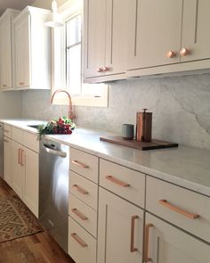 Taupe/Greige cabinets marble copper