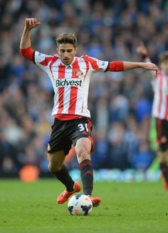 Fabio Borini of Sunderland in action during the Barclays Premier... ニュース写真 485679071