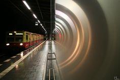 Virtual Tunnel #8810 by berlinframes, via Flickr