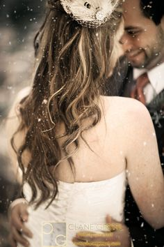 Snow Wedding in Washington | Clane Gessel Photography #SnowWedding #Washington #Wedding #Photography #Pose