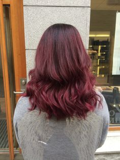Red balayage ombre with Elumen - Colors of Wonderland by Alice