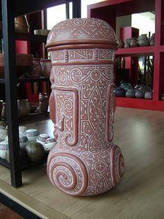 Cerâmica Marajoara - artesanato do Pará -Brasil