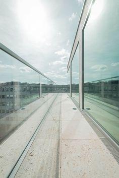 PSD Bank Office Building / Bayer & Strobel Architekten