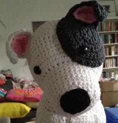 Coming soon: crochet pattern of staffordshire bull terrier, american staffordshire terrier, pitbull terrier :-) Still work in progress. Follow my blog to stay updated :-) Please repin if you like it... http://www.metstipgehaakt.blogspot.com
