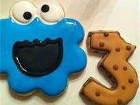 Adorable Cookie Monster cookies from Beelicious Bakery! Elmo Birthday, Boy Birthday Parties, Birthday Ideas, Elmo Cake, Cookie Monster Party, Elmo Party, Sesame Street Birthday, Cookie Designs, Cookie Ideas