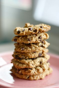 A recipe for peanut butter chocolate chip cookies that is vegan and gluten free.