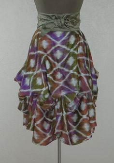 Delicious Shades of Lavender Olive & Curry Hand Dyed in an Ikat Pattern Perfect Festival Skirt! Fashion Tag, Fashion Trends, Fashion Ideas, Ikat Pattern, Pattern Skirt, Teen Trends, Festival Skirts, Spring Skirts, Tie Dye Skirt