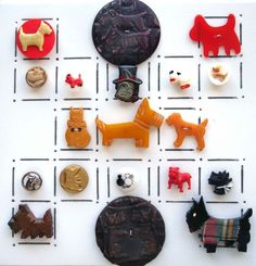VINTAGE REALISTIC DOG BUTTONS/ BAKELITE, GLASS, CELLULOID