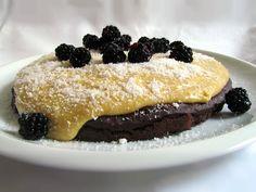 Mňaminka: Dort z červené řepy s kokosovou polevou Pancakes, Gluten Free, Breakfast, Glutenfree, Morning Coffee, Crepes, Pancake, Sin Gluten