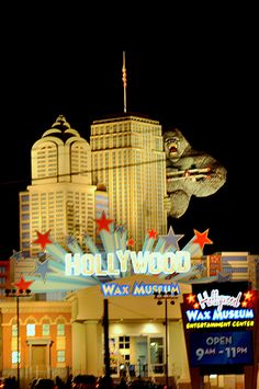 forg attract, wax museum, favorit place, gatlinburg vacat, hollywood wax, pigeon forge, dream vacat, smoki mountain