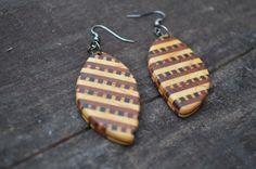 Wooden Ornamental Earrings  004  by Molinart por Molinart en Etsy