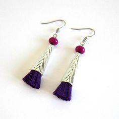 boucles d'oreilles cône argentées et violettes boucles