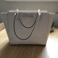 7f0e2d0201 Kate Spade cream leather tote bag Hardly been used - no of - Depop Kate  Spade