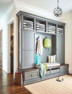 Gray Garage Mudroom Lockers - Design photos, ideas and inspiration. Amazing gallery of interior design and decorating ideas of Gray Garage Mudroom Lockers in garages, laundry/mudrooms by elite interior designers. Design Entrée, Flur Design, House Design, Design Ideas, Entryway Bench Storage, Bench With Storage, Entryway Decor, Bench Mudroom, Bathroom Storage