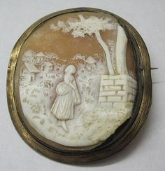 ANTIQUE CAMEO girl well brooch DETAILED CARVED SHELL Victorian pictorial