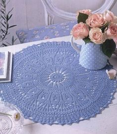napperons ronds 12 Lot of doilies suitable as placemats