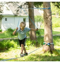 Fun line - to help little kids use the slackline.
