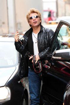 Jon Bon Jovi Photo - Jon Bon Jovi Out and About